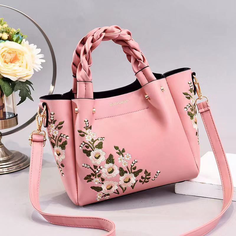 JT01875 IDR.194.000 MATERIAL PU SIZE L22XH20XL12CM WEIGHT 800GR COLOR PINK