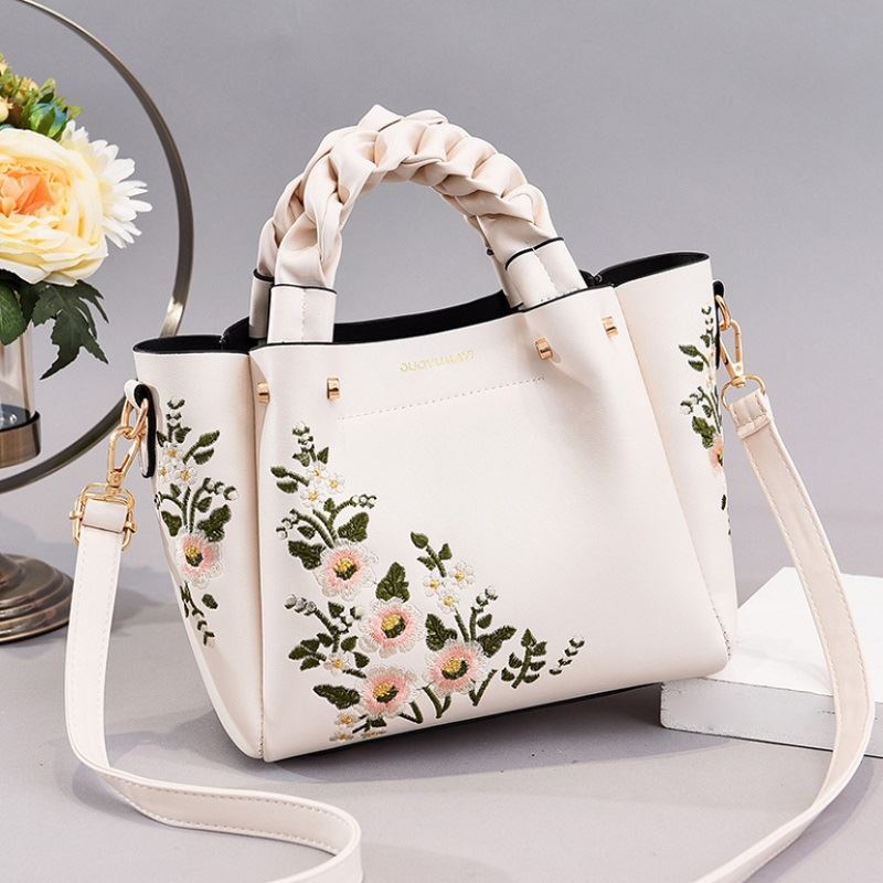 JT01875 IDR.194.000 MATERIAL PU SIZE L22XH20XL12CM WEIGHT 800GR COLOR WHITE