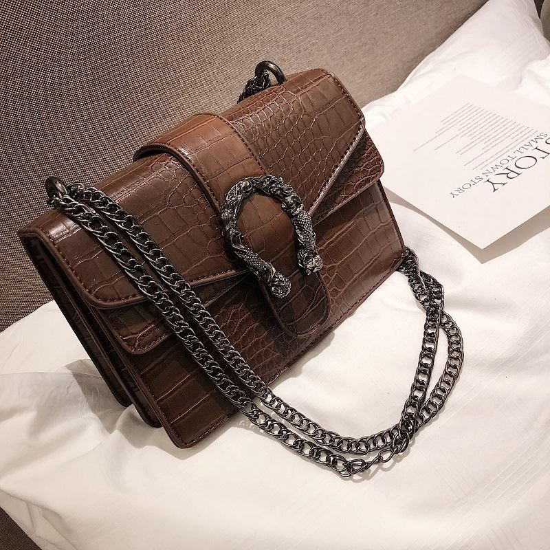 JT0193 IDR.174.000 MATERIAL PU SIZE L22XH15XW10CM WEIGHT 750GR COLOR BROWN