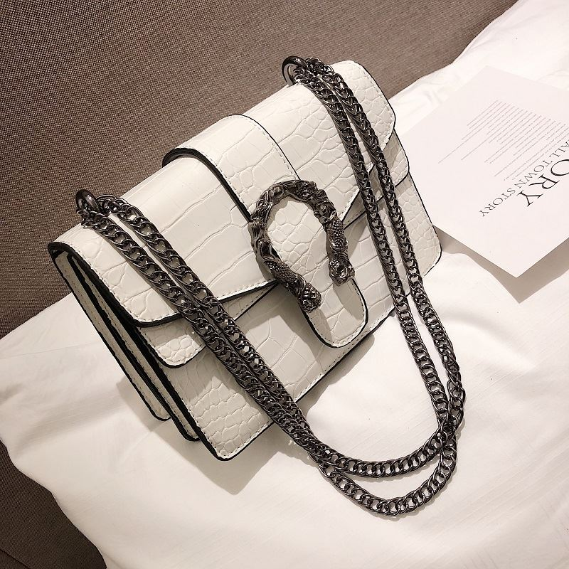 JT0193 IDR.174.000 MATERIAL PU SIZE L22XH15XW10CM WEIGHT 750GR COLOR WHITE