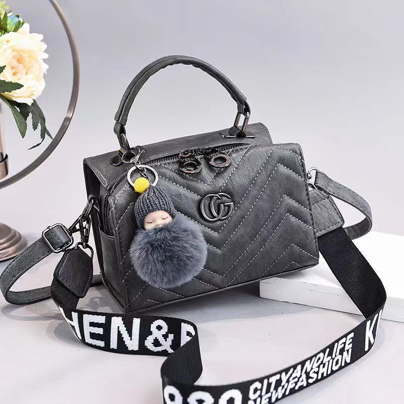JT0201 IDR.162.000 MATERIAL PU SIZE L21XH15XW14CM WEIGHT 550GR COLOR GRAY