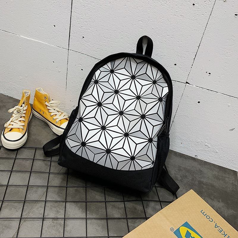 JT0212 IDR.153.000 MATERIAL OXFORD SIZE L31XH45XW15CM WEIGHT 510GR COLOR SILVER