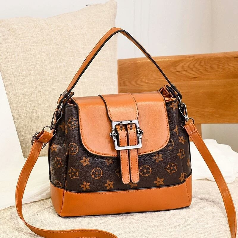 JT0216 IDR.180.000 MATERIAL PU SIZE L23XH19XW11CM WEIGHT 650GR COLOR BROWNFLOWER