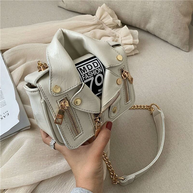 JT033508 IDR.159.000 MATERIAL PU SIZE L17XH14XW6CM WEIGHT 500GR COLOR BEIGE