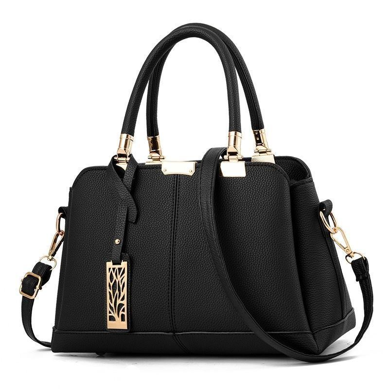 JT0616 IDR.163.000 MATERIAL PU SIZE L30XH19XW15CM WEIGHT 700GR COLOR BLACK