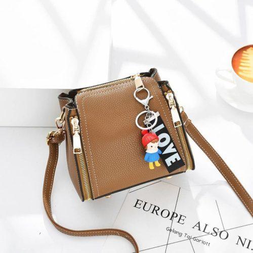 JT062B-khaki Tas Selempang Gantugan LOVE Fashion Import