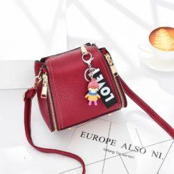 JT062B-red Tas Selempang Gantugan LOVE Fashion Import
