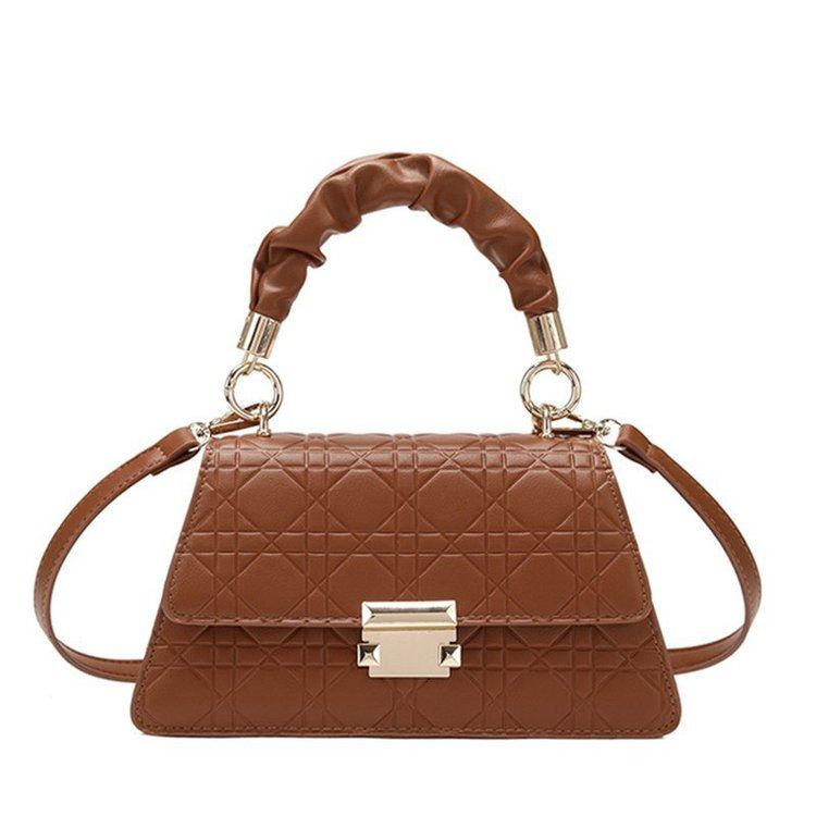 JT0680 IDR.176.000 MATERIAL PU SIZE L24XH18XW13CM WEIGHT 590GR  COLOR BROWN