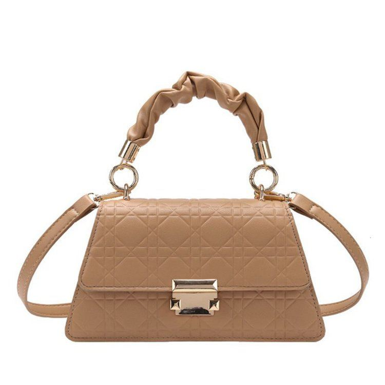 JT0680 IDR.176.000 MATERIAL PU SIZE L24XH18XW13CM WEIGHT 590GR  COLOR KHAKI