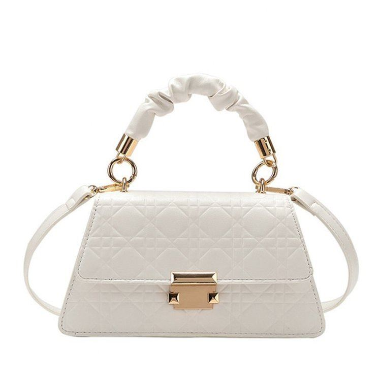 JT0680 IDR.176.000 MATERIAL PU SIZE L24XH18XW13CM WEIGHT 590GR  COLOR WHITE