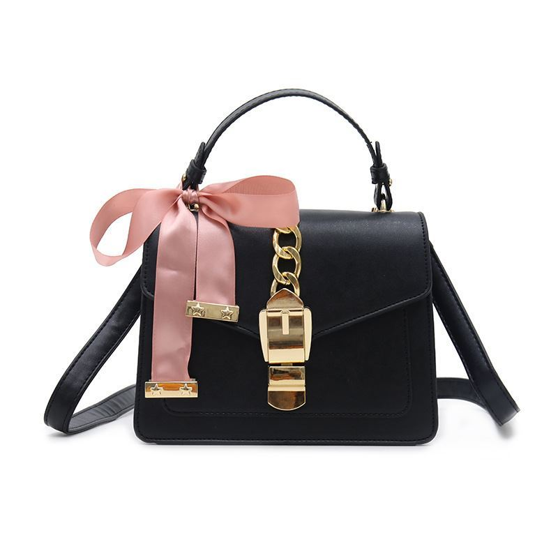 JT06851 IDR.185.000 MATERIAL PU SIZE L15XH19.5XW6.5CM WEIGHT 600GR COLOR BLACK