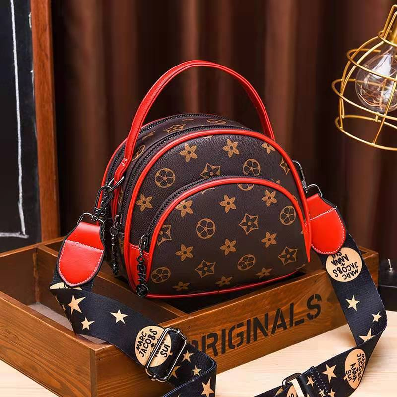 JT07003 IDR.169.000 MATERIAL PU SIZE L19XH15XW8CM WEIGHT 500GR COLOR STARRED