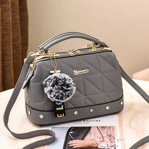 JT07813 IDR.178.000 MATERIAL PU SIZE L24.5XH16X13CM WEIGHT 650GR COLOR GRAY