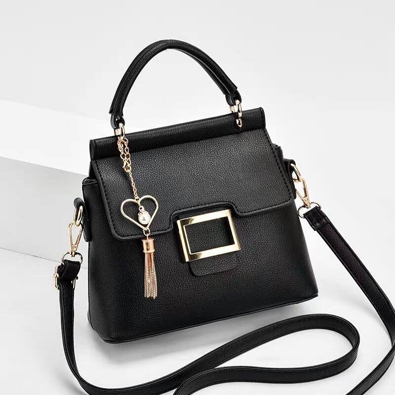 JT0896 IDR.166.000 MATERIAL PU SIZE L22XH19XW10CM WEIGHT COLOR BLACK