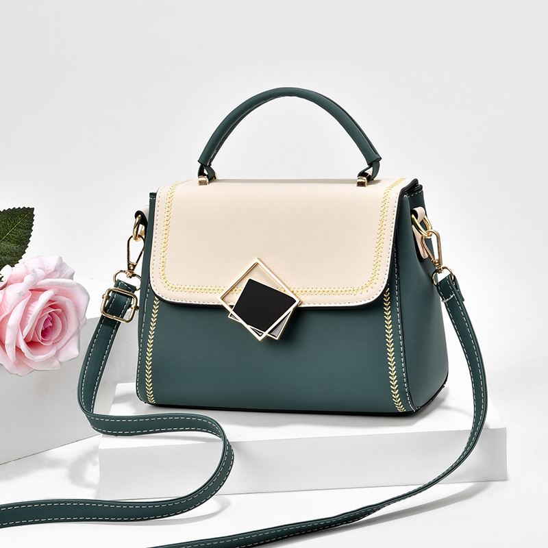 JT0898 IDR.149.000 MATERIAL PU SIZE L23XH19XW8CM WEIGHT 550GR COLOR GREEN