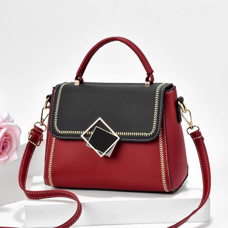 JT0898 IDR.155.000 MATERIAL PU SIZE L23XH19XW8CM WEIGHT 550GR COLOR RED