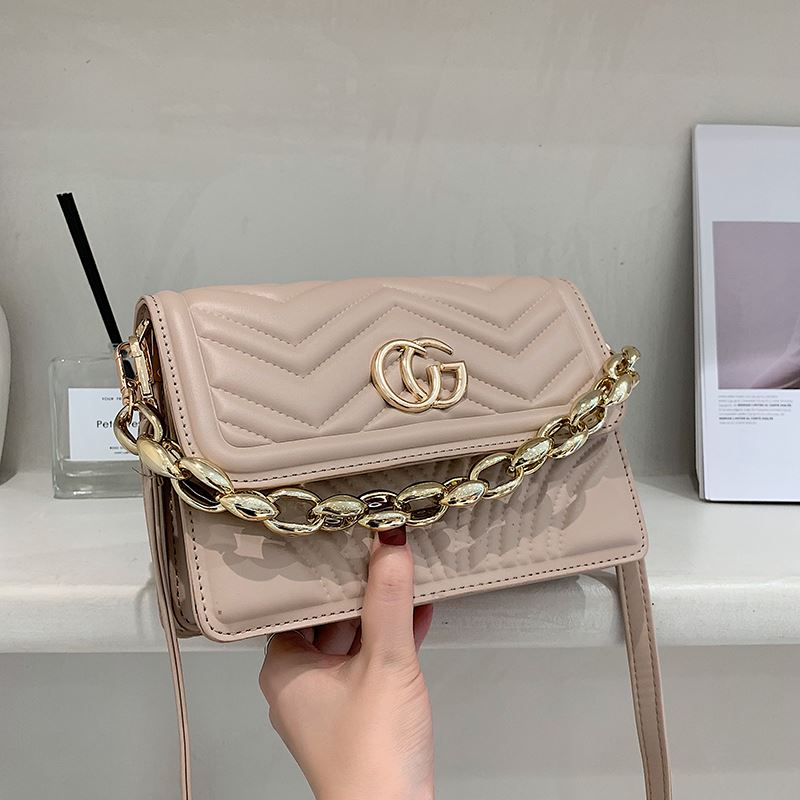 JT10120 IDR.159.000 MATERIAL PU SIZE L22XH15XW7.5CM WEIGHT 550GR COLOR KHAKI