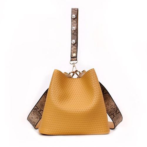 JT10146 IDR.148.000 MATERIAL PU SIZE L22XH20XW14CM WEIGHT 500GR COLOR YELLOW