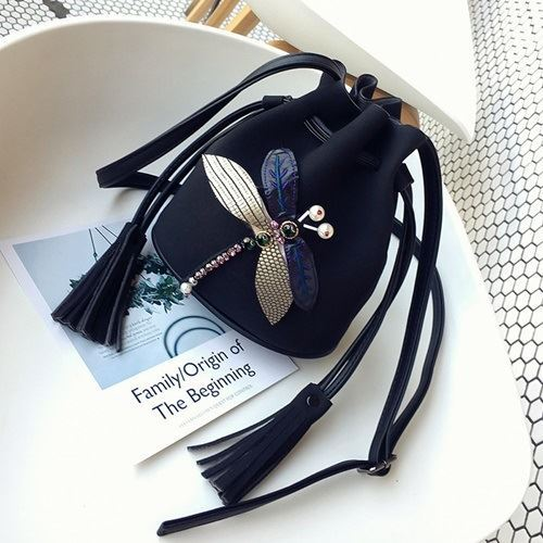 JT10810 IDR.139.000 MATERIAL PU SIZE L17XH19XW12 WEIGHT 400GR COLOR BLACK