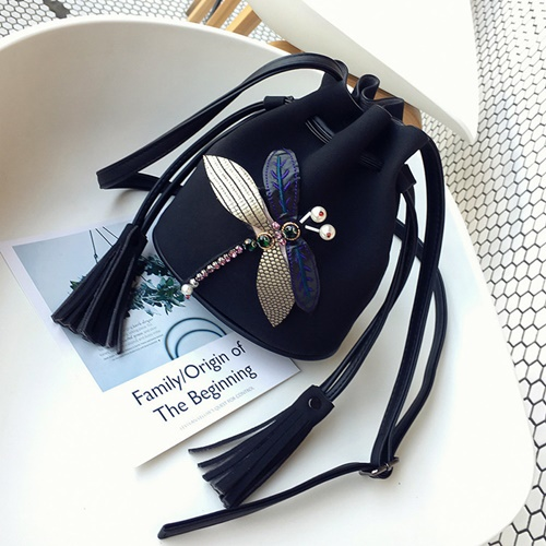 JT10810 IDR.142.000 MATERIAL PU SIZE L23XH19XW10 WEIGHT 350GR COLOR BLACK