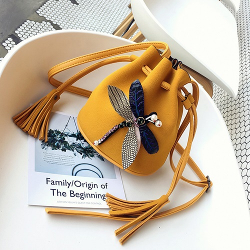 JT10810 IDR.142.000 MATERIAL PU SIZE L23XH19XW10 WEIGHT 350GR COLOR YELLOW