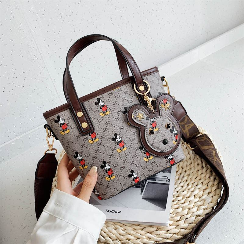 JT10945 IDR.167.000 MATERIAL PU SIZE L18XH18XW10CM WEIGHT 500GR COLOR GRAY