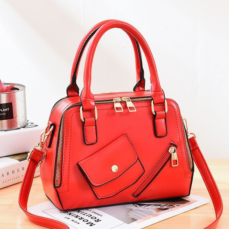 JT11117 IDR.185.000 MATERIAL PU SIZE L25XH18XW12CM WEIGHT 800GR COLOR RED