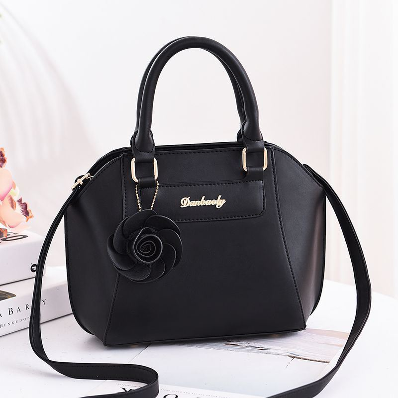 JT1128 IDR.162.000 MATERIAL PU SIZE L22XH21XW14CM WEIGHT 700GR COLOR BLACK