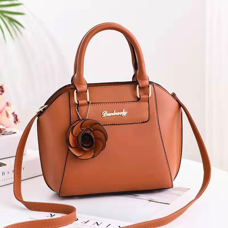 JT1128 IDR.165.000 MATERIAL PU SIZE L22XH21XW14CM WEIGHT 700GR COLOR BROWN