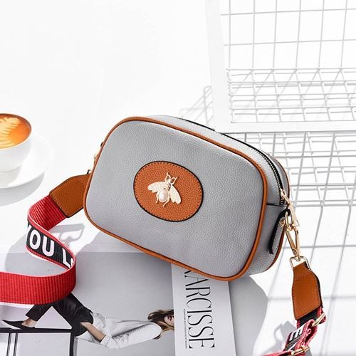 JT116 IDR.115.000 MATERIAL PU SIZE L23XH17.5XH7.5CM WEIGHT 500GR COLOR GRAY