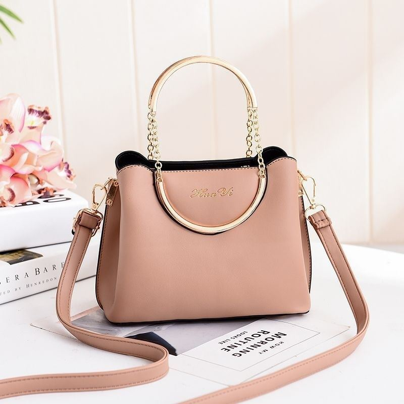 JT1189 IDR.170.000 MATERIAL PU SIZE L21XH16XW10CM WEIGHT 600GR COLOR KHAKI