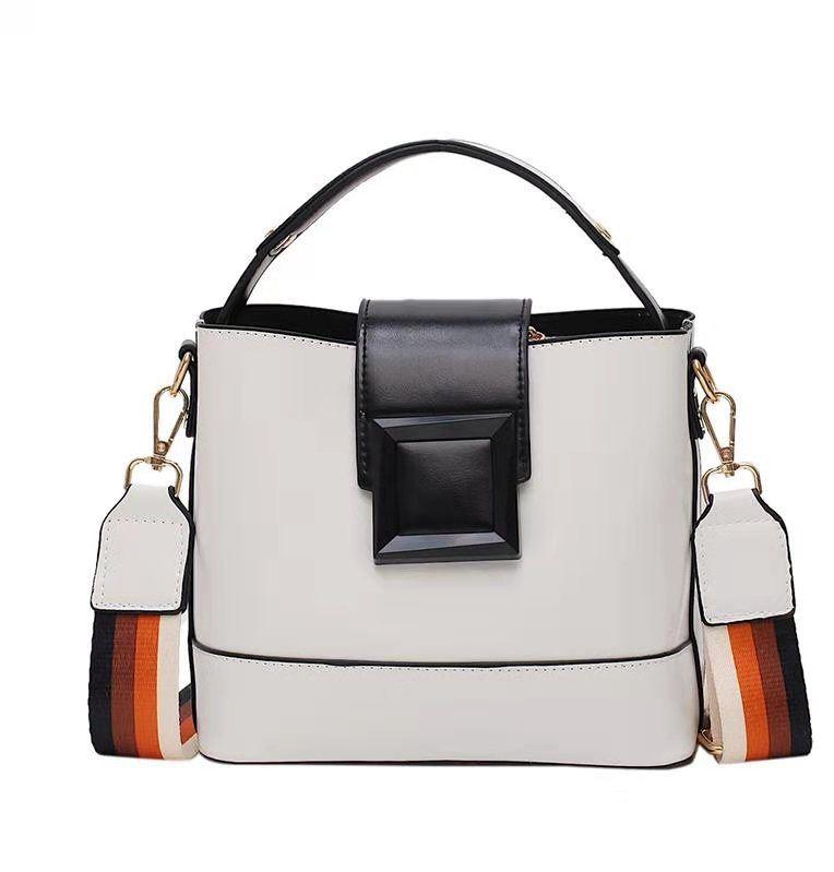 Jual JT120421-white Tas Selempang Fashion Wanita Kekinian ...