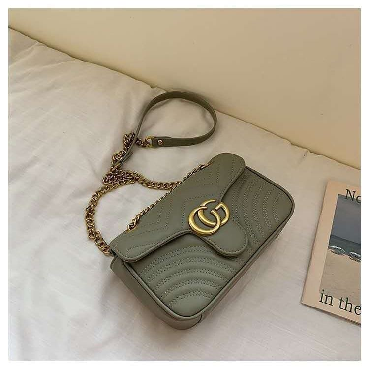 JT12541 IDR.165.000 MATERIAL PU SIZE L25XH14XW9CM WEIGHT 450GR COLOR GREEN