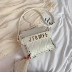JT12549 IDR.170.000 MATERIAL PU SIZE L19XH19XW10CM WEIGHT 550GR COLOR WHITE