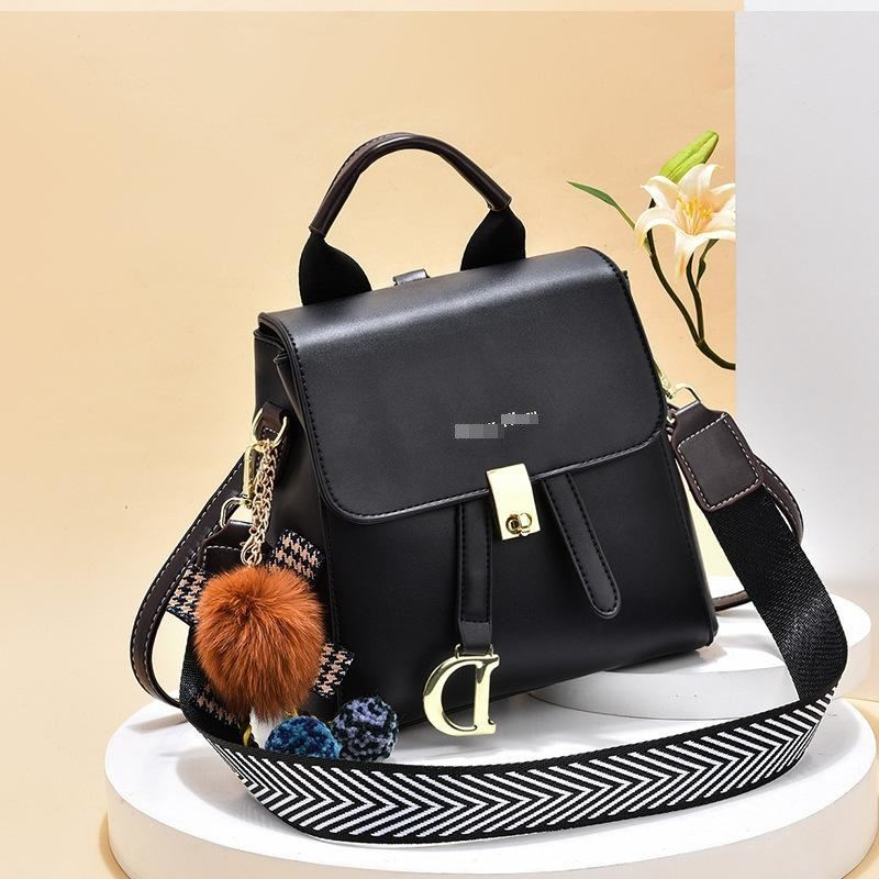 JT12668 IDR.162.000 MATERIAL PU SIZE L21XH21XW12CM WEIGHT 650GR COLOR BLACK