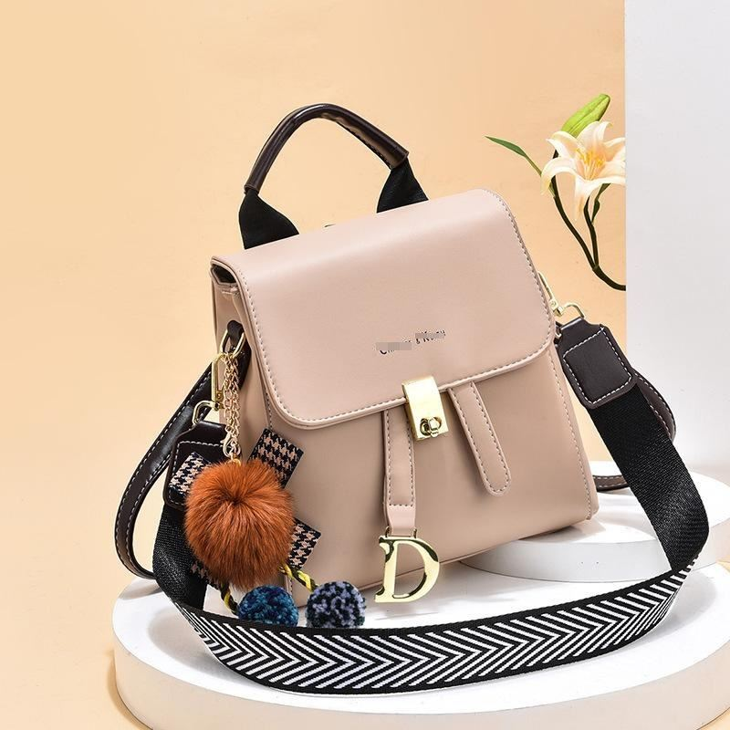 JT12668 IDR.162.000 MATERIAL PU SIZE L21XH21XW12CM WEIGHT 650GR COLOR KHAKI