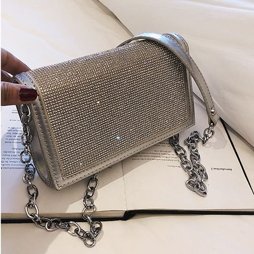 JT1279 IDR.155.000 MATERIAL PU SIZE L19XH19XW11CM WEIGHT 400GR COLOR SILVER