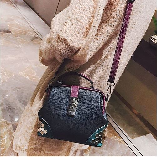 JT1293 IDR.169.000 MATERIAL PU SIZE L22XH18XW9CM WEIGHT 750GR COLOR PURPLE