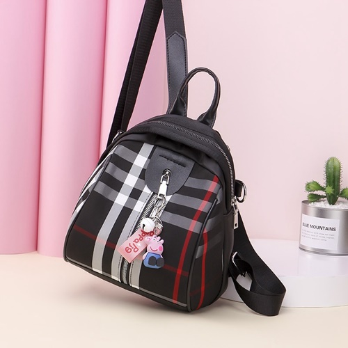 JT134510 IDR.150.000 MATERIAL NYLON SIZE L22XH24XW12CM WEIGHT 400GR COLOR BLACK