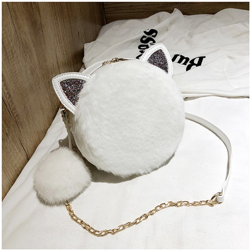 JT1360 IDR.167.000 MATERIAL PU+PLUSH SIZE L18XH18XW7CM WEIGHT 450GR COLOR WHITE