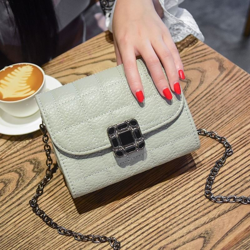 JT14100 IDR.162.000 MATERIAL PU SIZE L17.5XH13XW9CM WEIGHT 500GR COLOR GRAY
