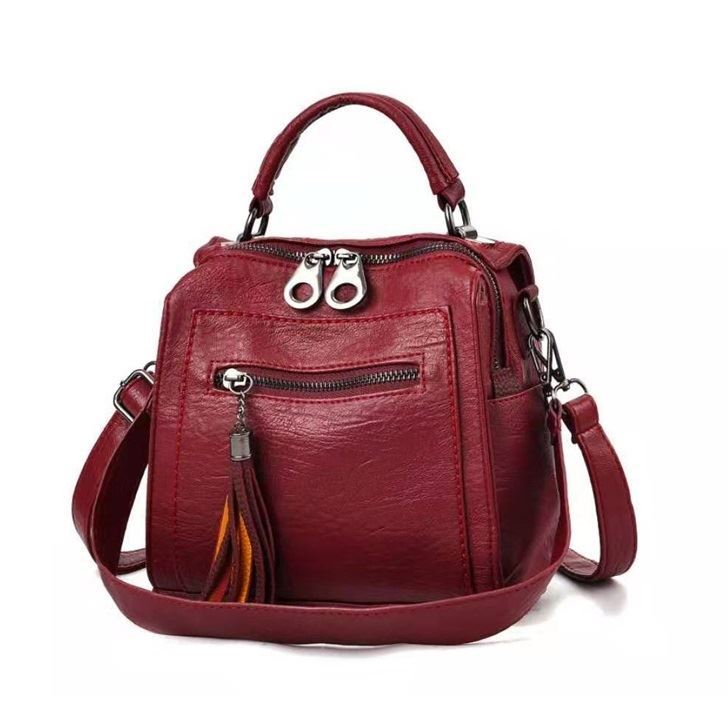 JT147 IDR.175.000 MATERIAL PU SIZE L19XH20XW10CM WEIGHT 560GR COLOR RED