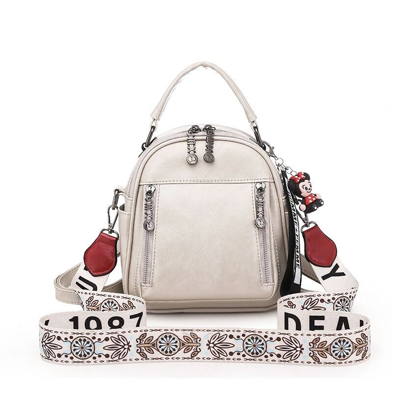 JT1507 IDR.185.000 MATERIAL PU SIZE L20XH23XW9CM WEIGHT 580GR COLOR BEIGE