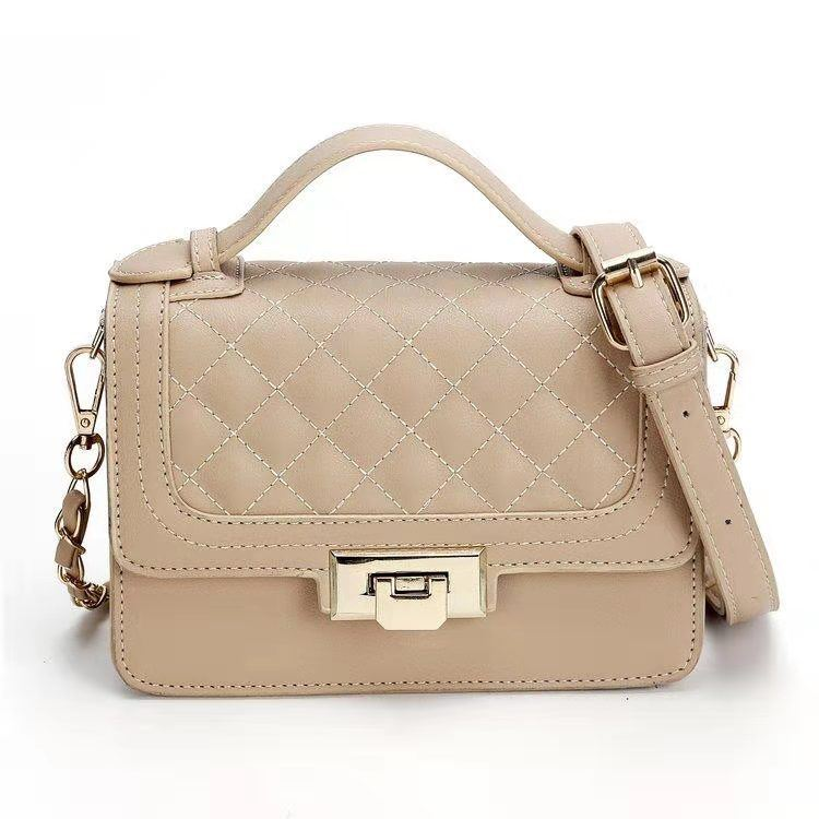 JT15850 IDR.172.000 MATERIAL PU SIZE L20XH14XW9CM WEIGHT 600GR COLOR KHAKI