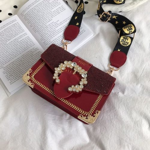 JT16244 IDR.145.000 MATERIAL PU SIZE L19XH14XW9CM WEIGHT 450GR COLOR RED