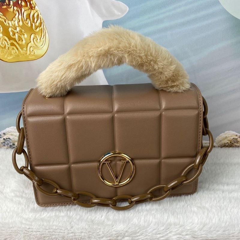 JT1695 IDR.187.000 MATERIAL PU SIZE L22XH16.5XW10CM WEIGHT 650GR COLOR KHAKI