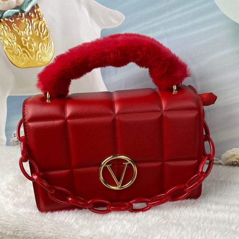 JT1695 IDR.187.000 MATERIAL PU SIZE L22XH16.5XW10CM WEIGHT 650GR COLOR RED