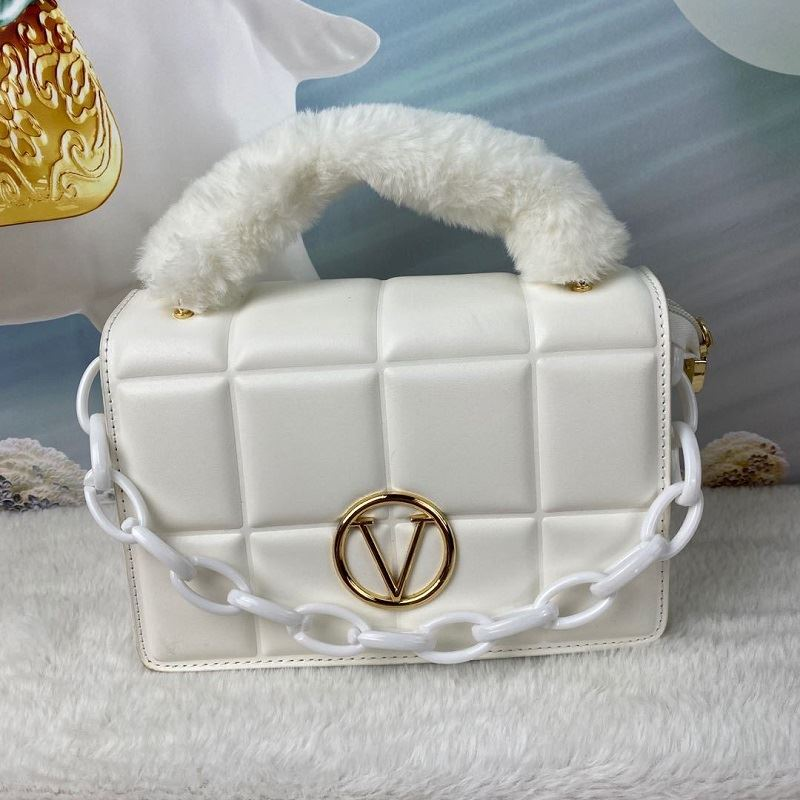 JT1695 IDR.187.000 MATERIAL PU SIZE L22XH16.5XW10CM WEIGHT 650GR COLOR WHITE
