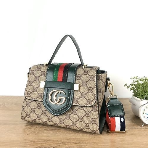 JT1805 IDR.178.000 MATERIAL PU SIZE L22XH16XW11CM WEIGHT 700GR COLOR GREEN
