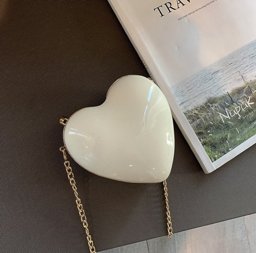 JT180SMALL IDR.155.000 MATERIAL HARDCASE SIZE L14XH13XW6CM WEIGHT 250GR COLOR WHITE